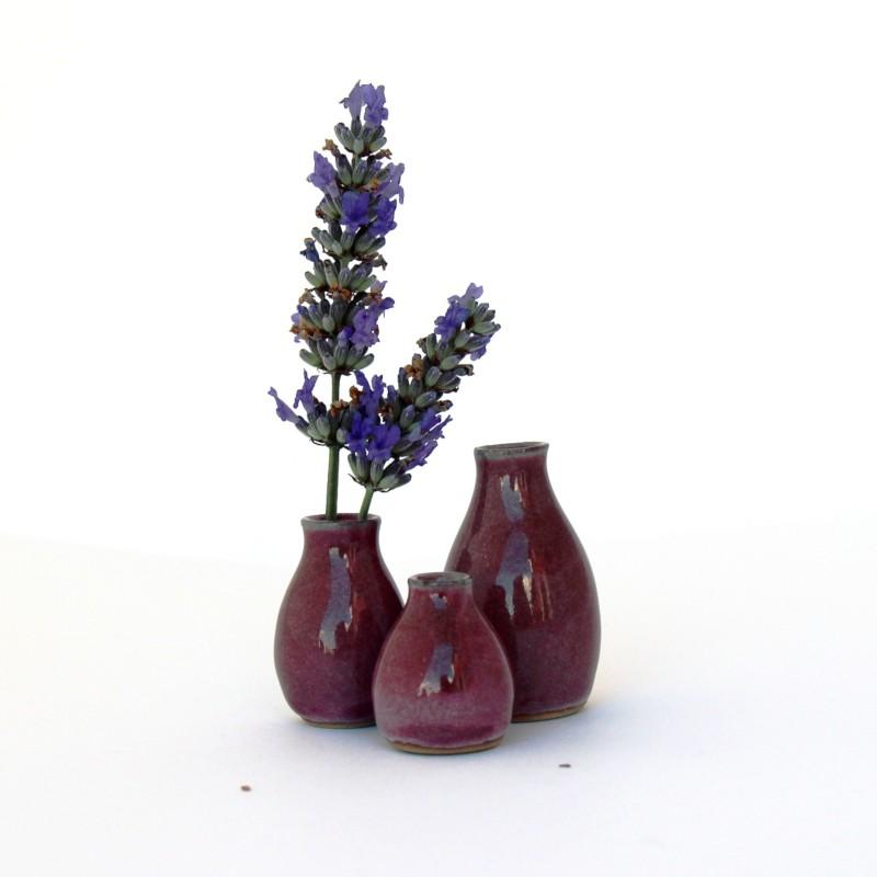 Ensemble de trois mini-vases, couleur vieux rose