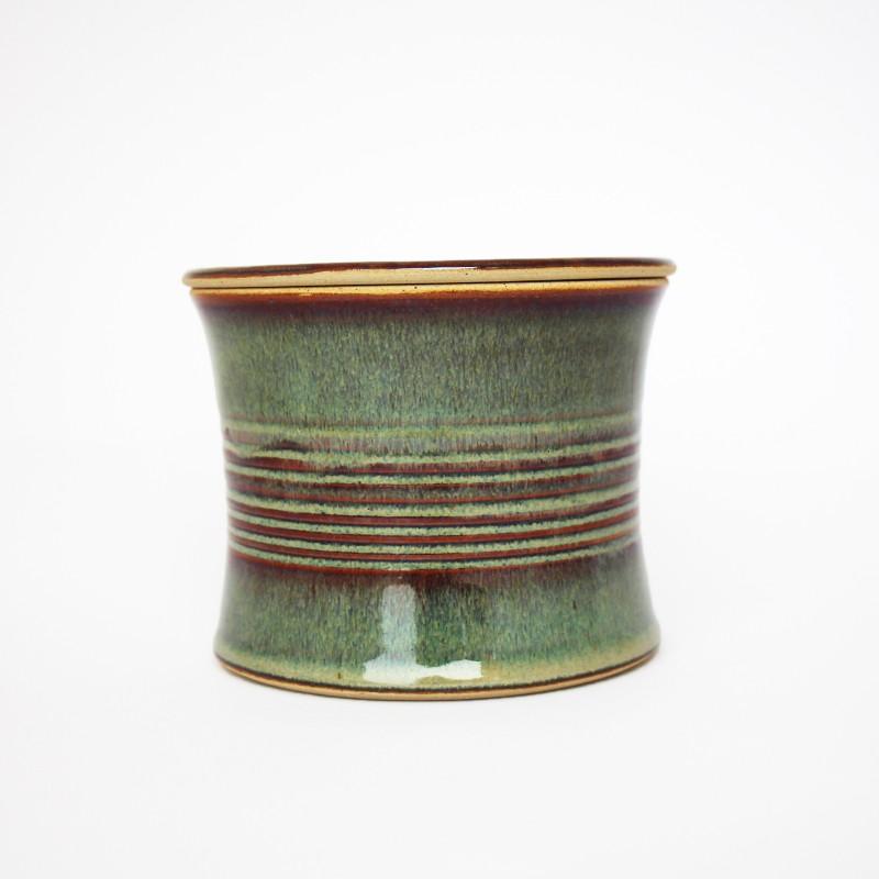 Beurrier à eau cintré, lignes gravées, brun vert 3