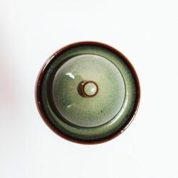 Salière magique, émail brun vert