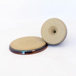 Salière magique, bouton plat, émail brun bleuté