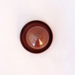 Salière magique rouge de fer