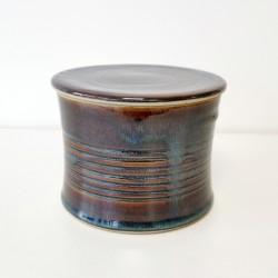 Beurrier à eau cintré, AVEC TROUS, Brun bleuté
